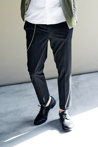 LOUNGE LIZARD ラウンジリザード No.6853 R/P PIN STRIPE 2WAY STRETCH ANKLE CUT TROUSERS